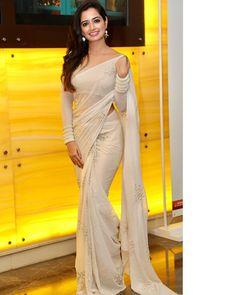 Kannada Actress Ashika Ranganath Photos in Transparent White Saree - Glamorous Indian Models White Saree Blouse, Saree Dress, Ethnic Outfits, Indian Outfits, Indian Beauty Saree, Indian Sarees, Saris, Sari Bluse, Indische Sarees