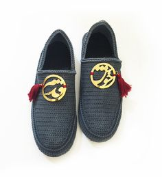 flat shoes with persian calligraphy Persian Calligraphy, Flat Shoes, Iran,  Bass Shoes, 0e00286510