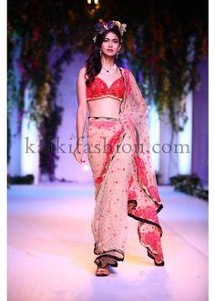 Falguni Shane Peacock Collection at Indian Bridal Fashion Show 2013 at Delhi 07