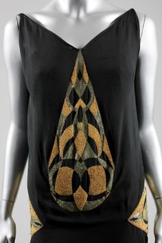 A rare and important Madeleine Vionnet evening gown, model 4113, Spring-Summer, 1925, Kerry Taylor Auctions