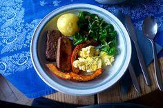 Geräucherter Tofu,Hokkaido,Rührei, Pellkartoffel,Feldsalat,Spillingkompott