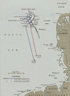 Jutland — fleet movements between 31 June Military History Monthly Battle Maps. Battle Fleet, Alternate History, Nautical Art, World War One, Royal Navy, Cartography, Military History, Me On A Map, Troops
