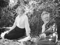 In Mexico chilling with Natalia Sedova and her husband Leon Trotsky