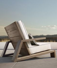 Have a Teak Lounge Chair - Dream Back Yard - Chair Design At Home Furniture Store, Deck Furniture, Steel Furniture, Woodworking Furniture, Wooden Furniture, Furniture Projects, Furniture Plans, Furniture Design, Furniture Movers