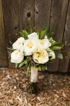 white garden rose bouquet - photo by Julia Elizabeth Photography http://ruffledblog.com/italian-inspired-backyard-wedding
