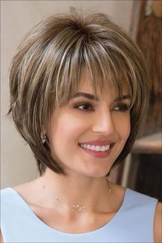 Colorful short hairstyles - 15 unique hair colors - Top Trends Short Bobs Haircuts Look Sexy and Charming! Modern Short Hairstyles, Short Layered Haircuts, Short Hairstyles For Thick Hair, Layered Bob Hairstyles, Very Short Hair, Haircut For Thick Hair, Short Hair With Layers, Hair Short Bobs, Popular Hairstyles