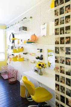 Kate - Adelaine Morin's Hello Yellow Bedroom Makeover Yellow Room Decor, Yellow Rooms, Bedroom Yellow, Dressing Room Design, Stylish Bedroom, Design Blog, Design Ideas, Design Art, Aesthetic Room Decor