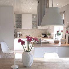Cozinha limpa: 60 designs e designs incríveis - Küche - Decor, House Design, Interior, Home Decor, House Interior, Home Deco, Home Kitchens, Home Interior Design, Kitchen Design