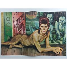 idea.ltd Insta safe in '74. How rare is there. The David Bowie 1974 Year of the Diamond Dogs tour programme. It is it. In actuality. Email if you want@idea-books.com #davidbowie #diamonddogs #1974 2016/02/28 05:15:56
