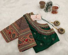 Wedding Saree Blouse Designs, Saree Blouse Neck Designs, Blouse Desings, Hand Embroidery Designs, Rangoli Designs, Work Blouse, Blouse Styles, Indian Outfits, Sarees