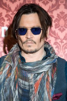 Pin for Later: 57 Celebrities Who Look Even Sexier Thanks to Their Scruff Johnny Depp Johnny Depp Images, Tim Burton Beetlejuice, Johnny Depp Movies, Captain Jack Sparrow, Sweeney Todd, Hot Actors, Hayley Williams, Dream Guy, Marvel Movies