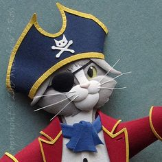 Cat paper sculpture by Mike Nicholls