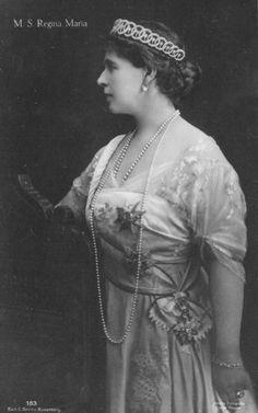 Maria de Sajonia-Coburgo-Gotha, Maria Reina de Rumania (18)