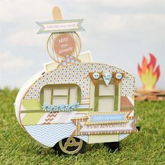 Follow Beckie's tutorial to make this amazing 3D caravan Card using a free printable paper collection!