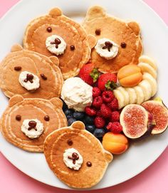"""Nothing like bear pancakes to put a smile on your face. Happy Sunday, all. Cute Food, Good Food, Yummy Food, Baby Food Recipes, Cooking Recipes, Food Art For Kids, Cute Desserts, Breakfast For Kids, Cute Breakfast Ideas"