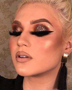 Effective Skin Care Recipes for Facial Cleansing Makeup Inspo, Makeup Art, Makeup Inspiration, Makeup Tips, Beauty Makeup, Face Makeup, Beauty Dupes, Glam Makeup Look, Makeup Looks