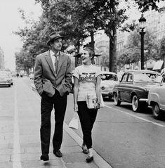 Jean-Paul Belmondo and Jean Seberg on the set of À bout de souffle (Breathless) directed by Jean-Luc Godard (1960) by Raymond Cauchetier (1959)