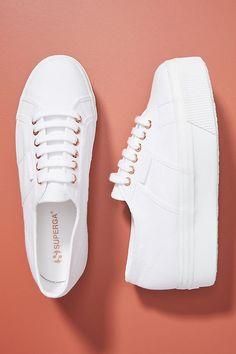 Superga 2790 Platform Sneakers White Fila Sneakers Outfit platform Sneakers Superga You are in the r Sneaker Outfits, Sneakers Fashion Outfits, Fashion Shoes, Fashion Top, Cheap Fashion, Work Fashion, Fashion 2017, Fashion Women, Platform Sneakers Outfit