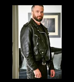 Mens Leather Pants, Biker Leather, Urban Male, Men In Uniform, Men's Fashion, Menswear, How To Wear, Jackets, Clothes