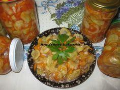 Moje domowe kucharzenie: Ogórki w pomidorowym sosie