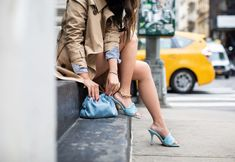 In the Mood for Blue - Summer Street Style - Wendy's Lookbook Wendy's Lookbook, Fashion Lookbook, Blue Trench Coat, Color Pairing, Street Style Summer, Leather Shorts, Nyc Fashion, Blue Bags, Mood