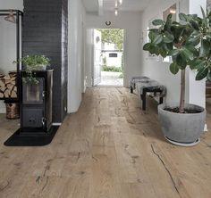 Rustic Wood Floors, Light Hardwood Floors, Natural Wood Flooring, Wood Floors In Kitchen, Kitchen Cabinets, Wood Floor Colors, Wood Floor Design, Pose Parquet, Hallway Lighting