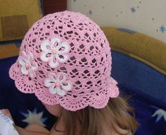 Pink Panama Baby Hat with White Flowers free crochet graph pattern