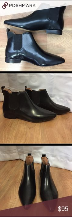 NWOT Madewell Nico Boots Brand new, never worn leather booties in perfect condition! This pull-on boot has a slight pointed toe and glossy finish! Madewell Shoes Ankle Boots & Booties