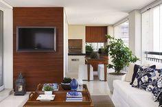 Bom diaaa! Ótimo sábado a todos!! Iniciando nosso fim de semana com essa varanda BELÍSSIMA  Fonte: Pinterest  #arquitetura #design #decor #designdeinteriores #decorhome #furniture #homestyle #homedesign #interiordesign #interiors #interiorarchitecture #gourmet #livingroom #lighting #instadesign  #instapic #instacool #iluminacao #instadecor #inspiration #detalhes #photooftheday #instagood #amazing #beautiful #arquiteturadeinteriores #interiores #decoralove #instasize #cool