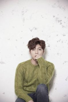 U-KISS leader Soohyun comforted fans after Eli's unexpected marriage and wife's pregnancy made the n