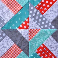 This looks cool I like the colours Jellyroll Quilts, Scrappy Quilts, Cute Quilts, Baby Quilts, Patch Quilt, Quilt Blocks, Patchwork Tutorial, Charm Pack Quilts, Quilting Frames