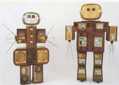 Nam June Paik's Family of Robot (Mother & Father). - Neatorama