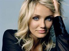 Cameron Diaz gorgeous makeup for blue eyes/blonde hair (minus heavy foundation)