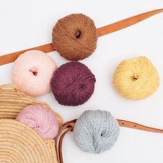 Phil Rustique: 65 % bomull, 25 % viskose, 10 % lin Throw Pillows, Threading, Toss Pillows, Cushions, Decorative Pillows, Decor Pillows, Scatter Cushions