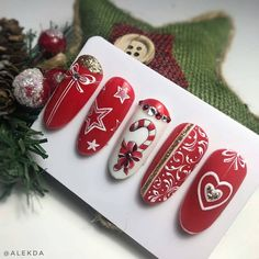 Christmas nail art idea Related posts: The cutest and festive Christmas nail designs to celebrate Christmas hairstyles for younger girls The cutest and festive Christmas … Nail Art Noel, Xmas Nail Art, Cute Christmas Nails, Holiday Nail Art, Xmas Nails, Winter Nail Art, Winter Nails, Halloween Nails, Christmas Glitter