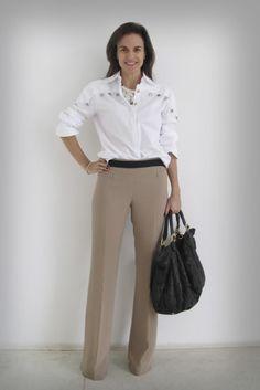 Look que adoro (camisa e calça de alfaiataria).