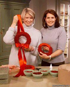 Everlasting red bead wreath