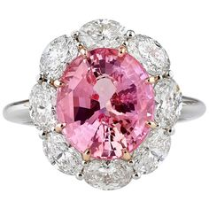 GABRIELLE'S AMAZING FANTASY CLOSET | 5.61 Carats Untreated Padparadscha Sapphire Diamond Gold Ring |