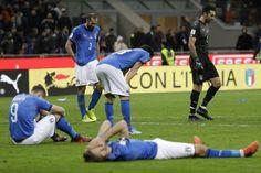 """""""ليلة سوداء لكرة القدم الإيطالية"""" - إيطاليا للتأهل إلى كأس العالم روسيا 2018"""