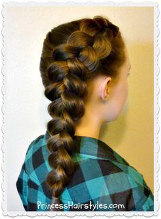 side-dutch-braid Big Box Braids Hairstyles, Fast Hairstyles, Trending Hairstyles, Braided Hairstyles, School Hairdos, Easy Hairstyles For School, Everyday Hairstyles, Medium Hair Styles, Curly Hair Styles