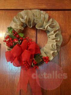 Corona navideña hecha con yute - Dale Detalles