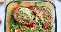 Cukinia zapiekana z pomidorami i mozzarellą, zapiekana cukinia, zapiekanka warzywna, warzywa zapiekane, włoskie dania, włoskie przepisy, szybkie dania, obiady na 7 dni Ratatouille, Food And Drink, Healthy Recipes, Ethnic Recipes, Pies, Diet, Kitchens, Healthy Eating Recipes, Healthy Food Recipes