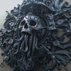Steampunk Tendencies — Cthulhu sculpture by Cam Rackam Deco Pirate, Steampunk Kunst, Arte Obscura, Arte Horror, Kraken, Memento Mori, Skull And Bones, Skull Art, Skull Head