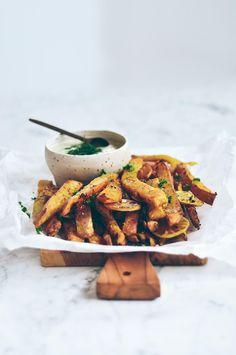 crispy baked sweet potato fries + dipping sauce