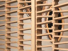 Separador de ambientes de terracota TIERRAS ARTISANAL BIS-COTTO by MUTINA diseño Patricia Urquiola