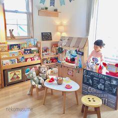 Diy Kids Kitchen, Toddler Kitchen, Toddler Rooms, Toddler Bed, Cardboard Box Crafts, Desk In Living Room, Kid Desk, Mickey Mouse, Kid Spaces