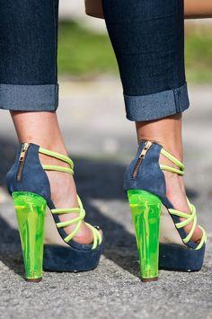 Neon Heels - When Belts Become Bowties - AshleySixto.com