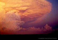 A tornado-producing supercell storm anvil cloud in Kansas. Warren Faidley