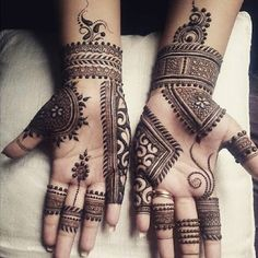 Easy Mehndi Designs For Front Hands For Kids - mehandi - Hand Henna Designs Rose Mehndi Designs, Basic Mehndi Designs, Henna Art Designs, Mehndi Designs For Beginners, Mehndi Designs For Girls, Mehndi Design Photos, Mehndi Designs For Fingers, Khafif Mehndi Design, Latest Mehndi Designs