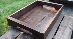 rustic-pallet-tray-with-built-in-handles.jpg 960×528 pixels